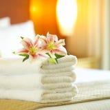 旅馆毛巾 免版税库存图片