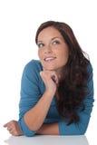 美丽的棕色头发愉快的纵向妇女 免版税库存照片