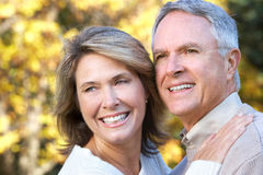 夫妇年长愉快 免版税库存照片