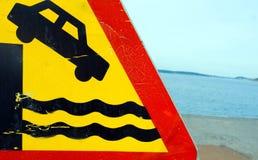 знак падения опасности Стоковое Фото