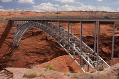 亚利桑那桥梁在页附近的峡谷幽谷 免版税库存照片