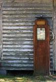 古色古香的气泵 免版税库存图片
