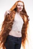 少年长期女孩的头发 免版税库存照片