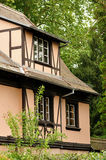 传统阿尔萨斯的房子 免版税库存照片