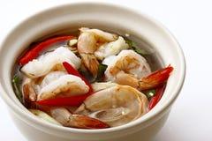 辣大虾的汤 免版税库存照片