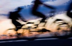 自行车骑士移动 库存照片