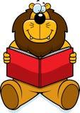 чтение льва Стоковые Изображения