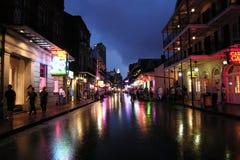 波旁酒晚上街道 库存照片
