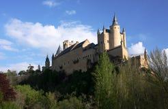 城堡小山顶 免版税库存照片