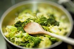 μαγείρεμα λάχανων Στοκ φωτογραφία με δικαίωμα ελεύθερης χρήσης