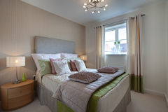 спальня одетьла самомоднейшее Стоковая Фотография RF