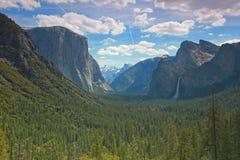 国家公园隧道视图优胜美地 免版税图库摄影