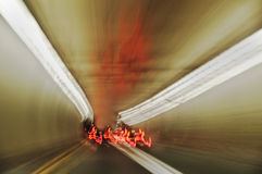 燃烧的速度管状视 免版税库存照片