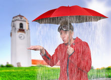在下雨里面 库存照片