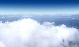 飞机射击天空 免版税库存图片