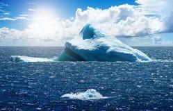 南极冰海岛 免版税库存照片