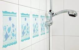 卫生间蓝色陶瓷瓦片 库存照片