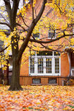 σπίτι φθινοπώρου Στοκ εικόνες με δικαίωμα ελεύθερης χρήσης