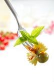 вилка над салатом макаронных изделия Стоковое Изображение