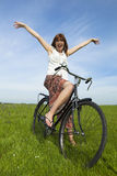 κορίτσι ποδηλάτων Στοκ εικόνες με δικαίωμα ελεύθερης χρήσης