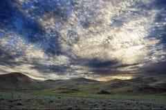 όμορφη στέπα αυγής σύννεφων Στοκ Εικόνες