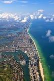 空中海岸线迈阿密 免版税库存照片