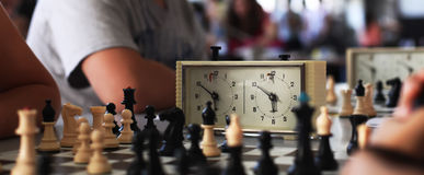 часы шахмат старые Стоковая Фотография