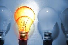 明亮的电灯泡 库存照片