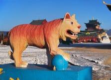 佛教雕塑老虎 免版税库存照片