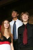 不同的唱歌十几岁 免版税库存照片