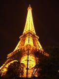 埃菲尔・欧洲法国晚上巴黎塔 免版税图库摄影