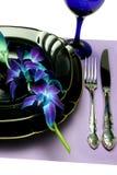 蓝色餐位餐具 免版税库存照片