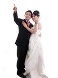 亚洲夫妇愉快的婚礼 免版税库存图片