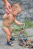 严重的登山人 免版税图库摄影