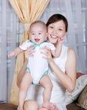 亚裔母亲儿子 免版税库存图片