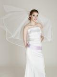 Συναισθηματική χαμογελώντας νύφη Στοκ φωτογραφίες με δικαίωμα ελεύθερης χρήσης