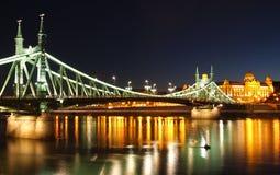 桥梁自由 库存图片