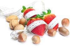 苹果大水多的胡说的红色成熟草莓 免版税库存照片