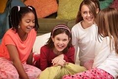 四个女孩一点 库存照片