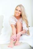 Ευτυχής όμορφη γυναίκα Στοκ Εικόνες