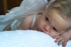 天使婴孩 免版税库存照片