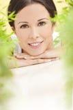 美好的概念健康自然微笑的妇女 库存图片