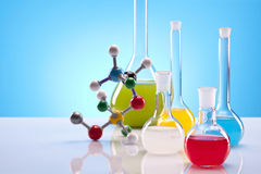 简单的化学 免版税库存照片