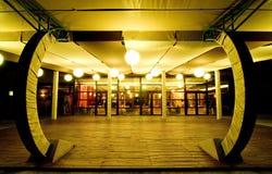 空的晚上餐馆 免版税库存照片
