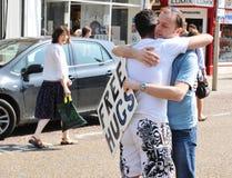 ελεύθερα αγκαλιάσματα Στοκ εικόνα με δικαίωμα ελεύθερης χρήσης