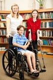 残疾孩子图书馆 免版税库存图片