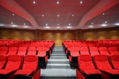 рукоятка предводительствует пустые рядки залы Стоковое Фото