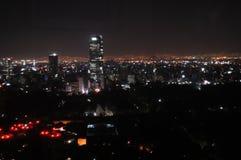 νύχτα του Μεξικού πόλεων Στοκ Εικόνες