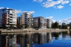 νέος ποταμός σπιτιών Στοκ Φωτογραφία