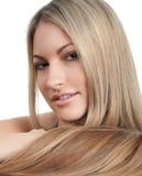 美丽的头发长的妇女 免版税库存照片